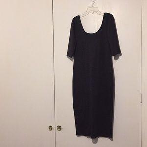 Black tight-fitting dress